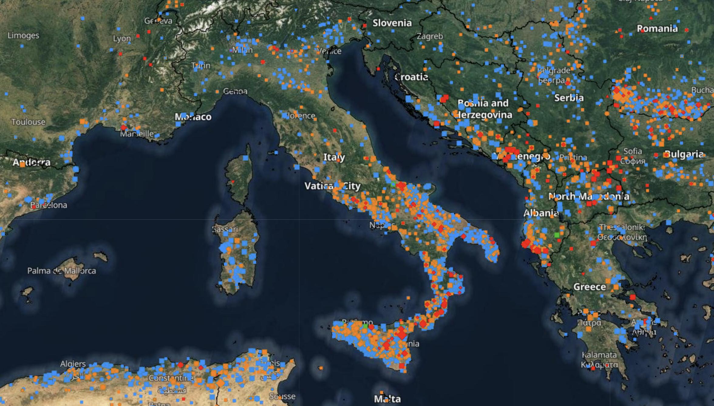 Incendi in Italia estate 2021
